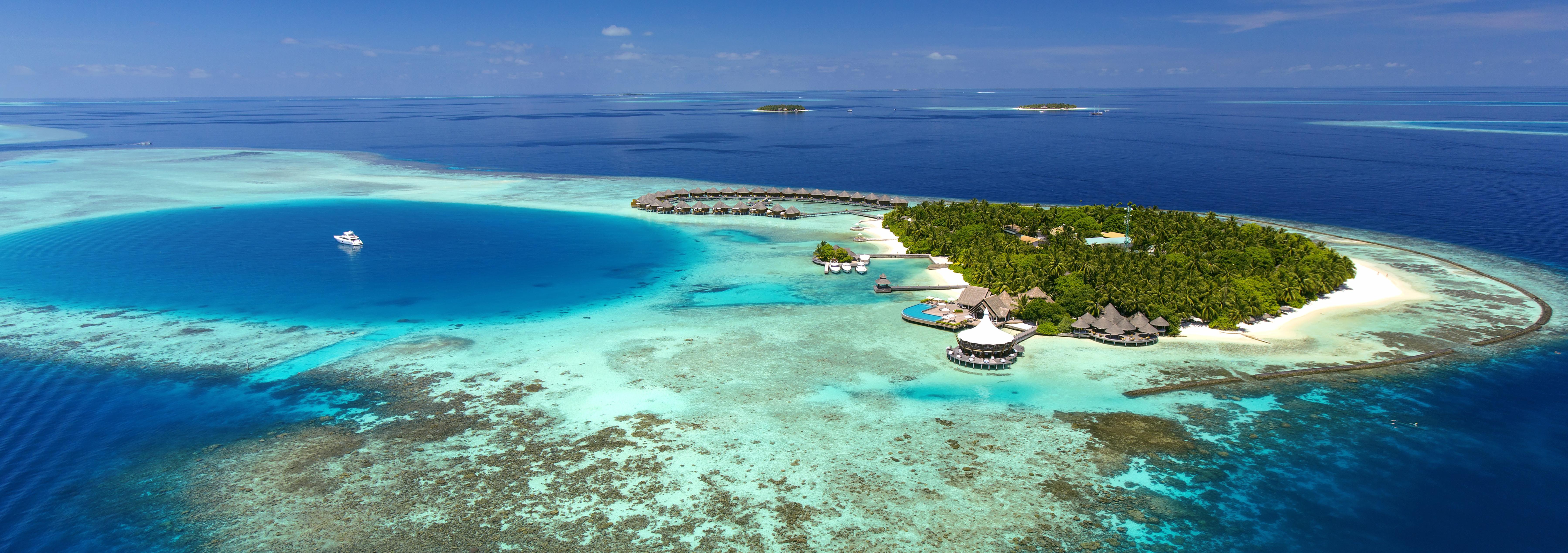 baros-maldives-aerial-view