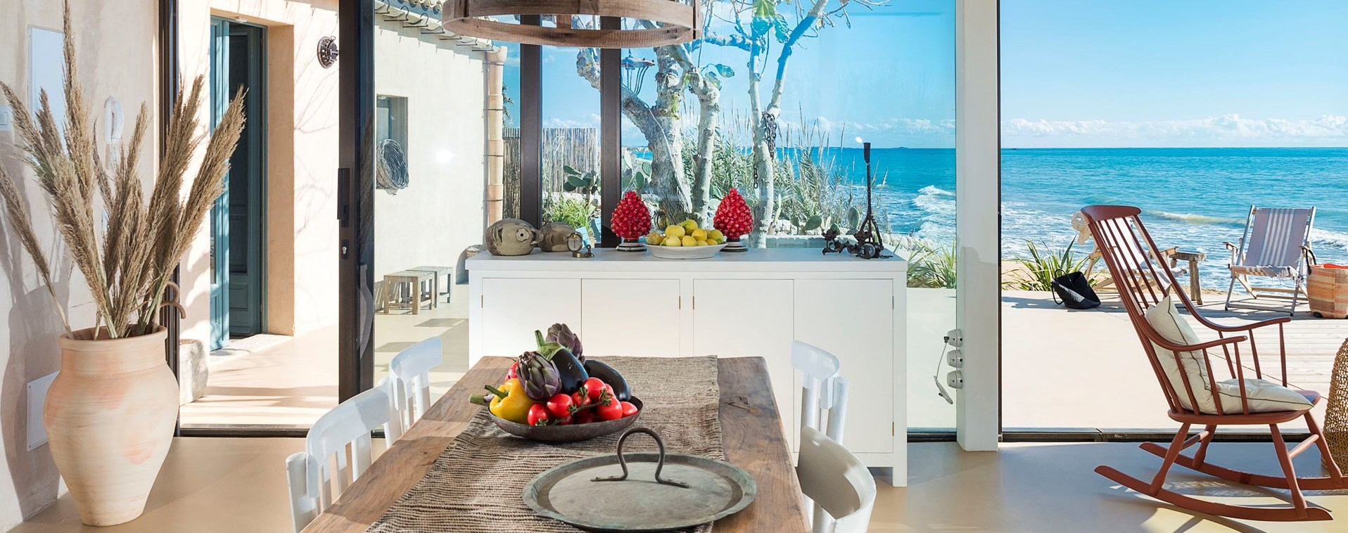 contemporary-2-bed-sicily-villa
