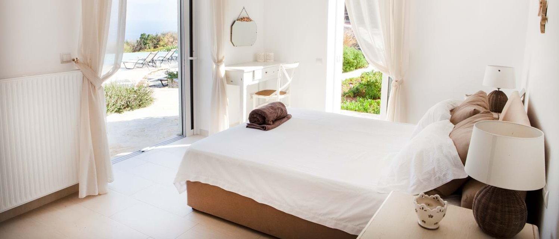 villa-trelli-rodia-double-bedroom-2