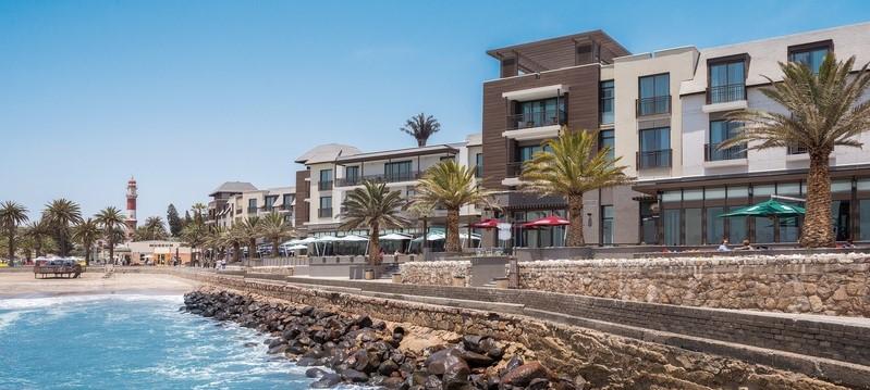 strand-hotel-swakopmund-facade