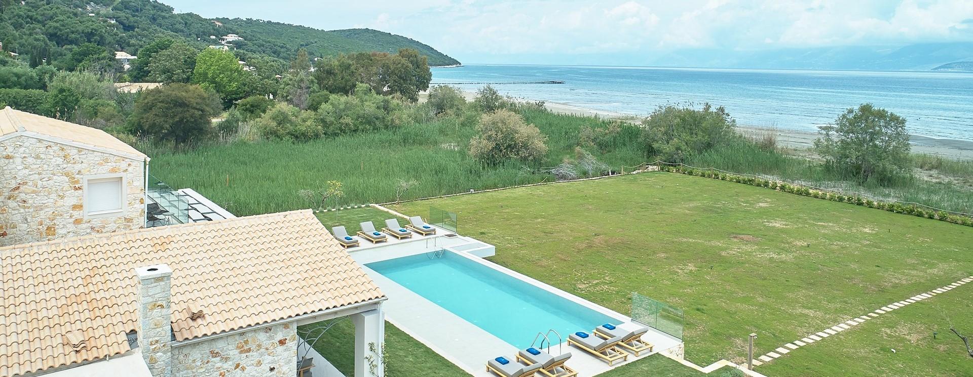 nero-beach-house-corfu-beach