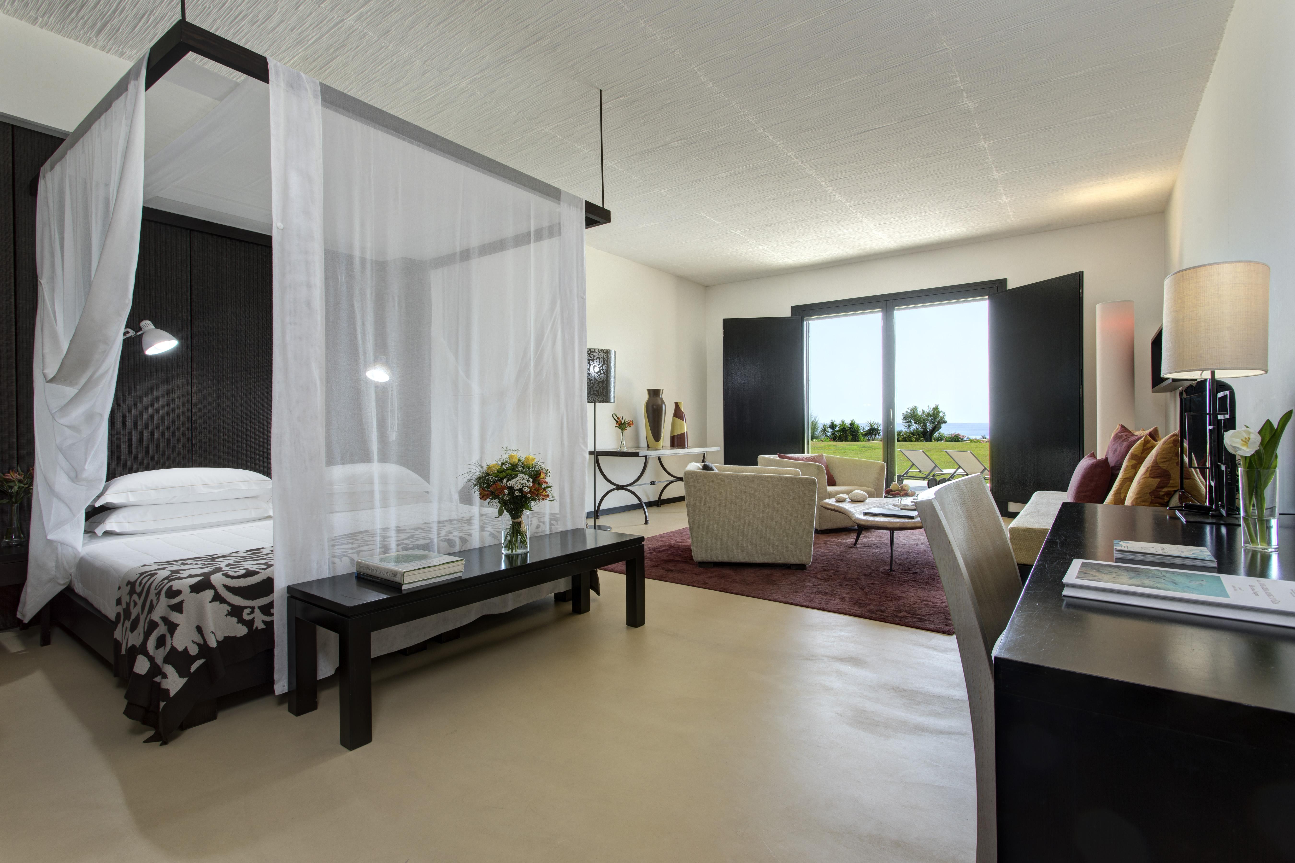Classic-Suite-Verdura