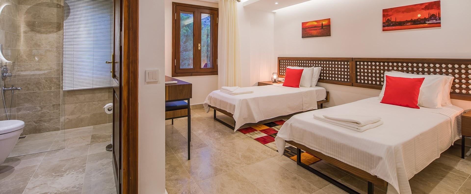 villa-caria-kalkan-twin-bedroom-2