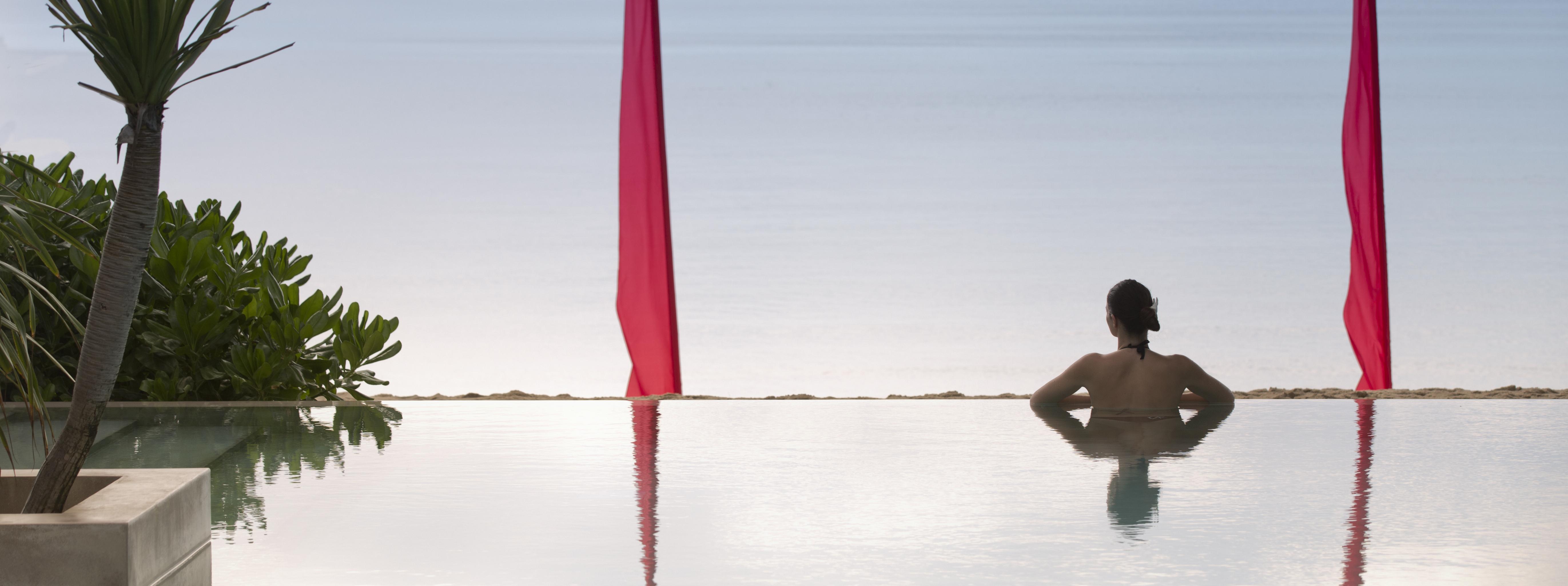 anantara-rasananda-Infinity-Pool