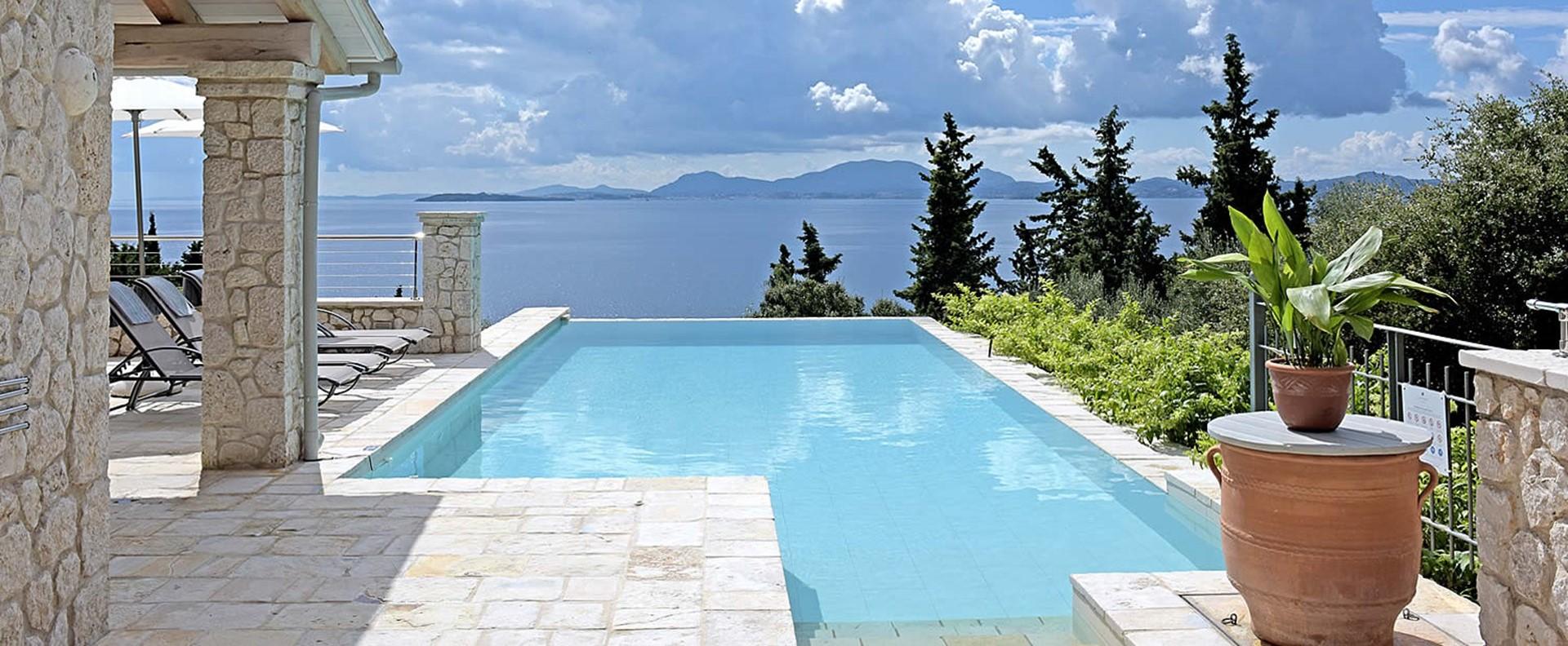 5-bedroom-luxury-villa-corfu