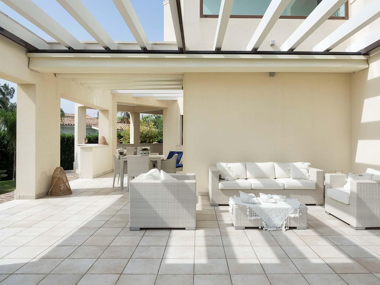 beach-view-house-terrace