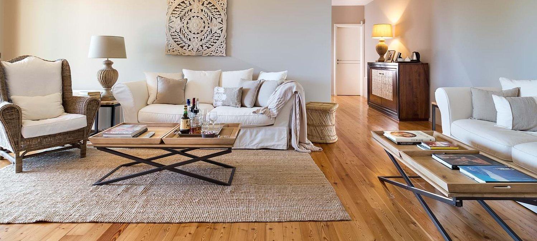 villa-trecastagni-spacious-interior