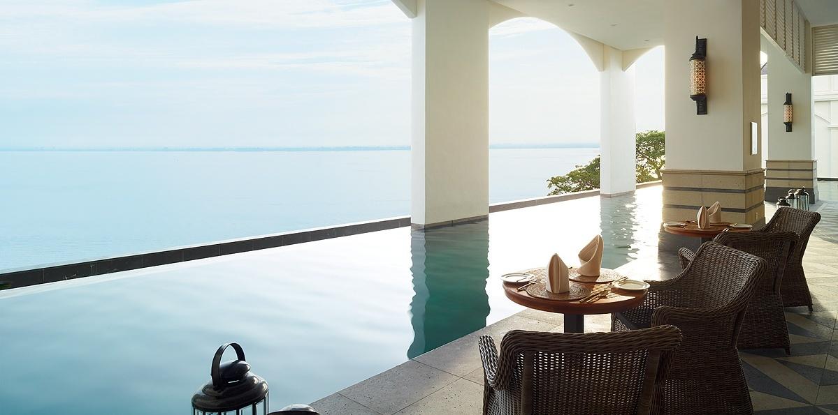 poolside-terrace-penang