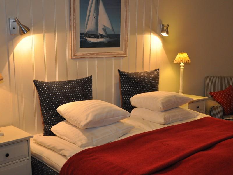 hotel-bedroom-Fjallbacka