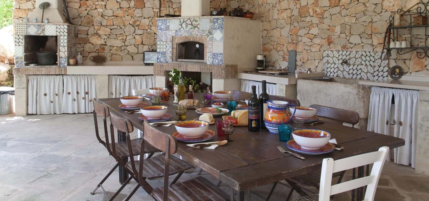 villa-lucia-al-fresco-dining