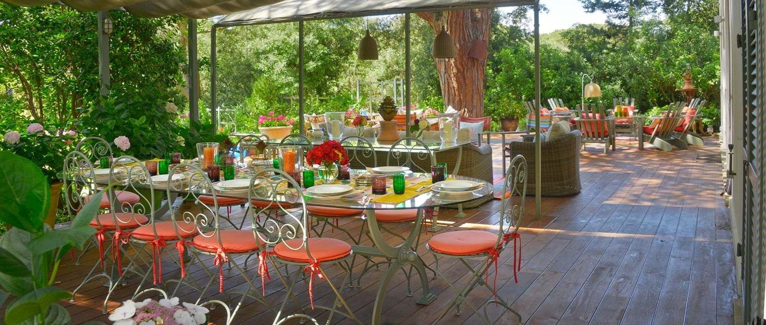 large-luxury-beach-villa-tuscany