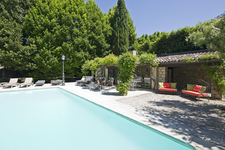 family-villa-holidays-provence