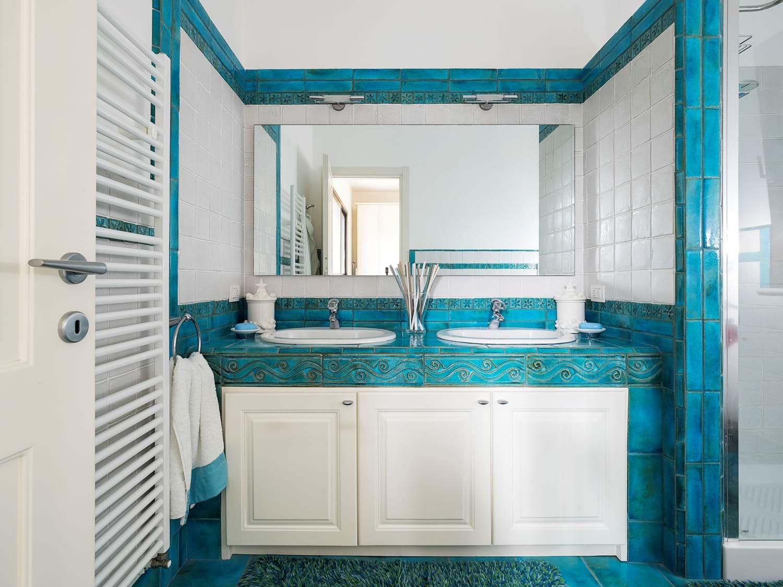 beach-view-master-bathroom