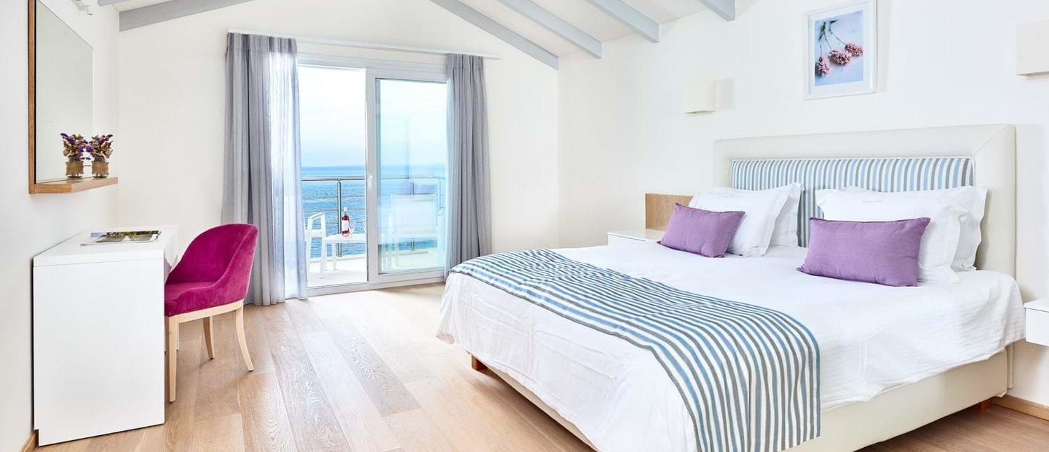 villa-penelope-double-bedroom-2