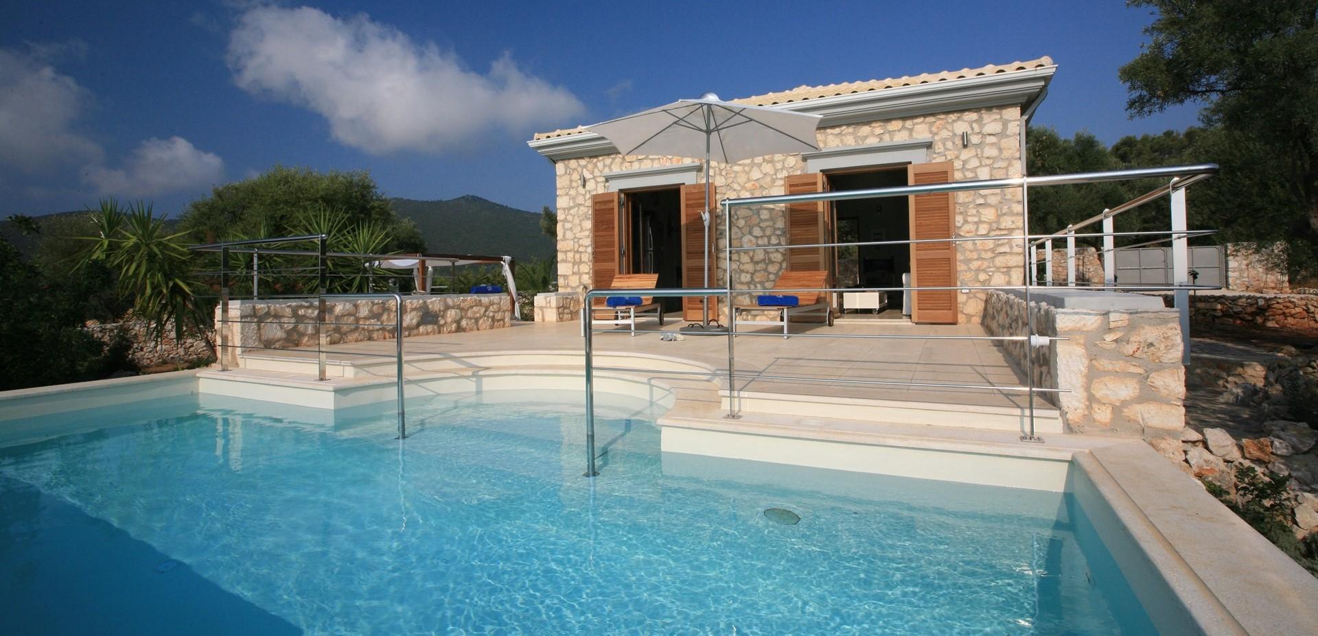 lefkada-luxury-cottage-exterior