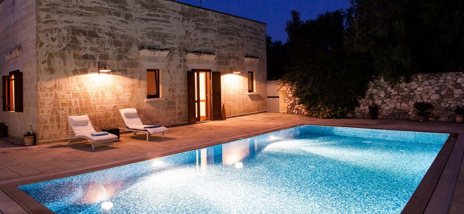 masseria-violetta-pool-night