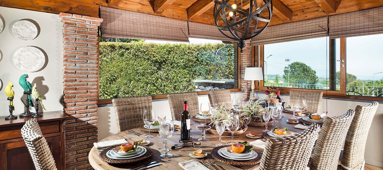 villa-trecastagni-dining-room