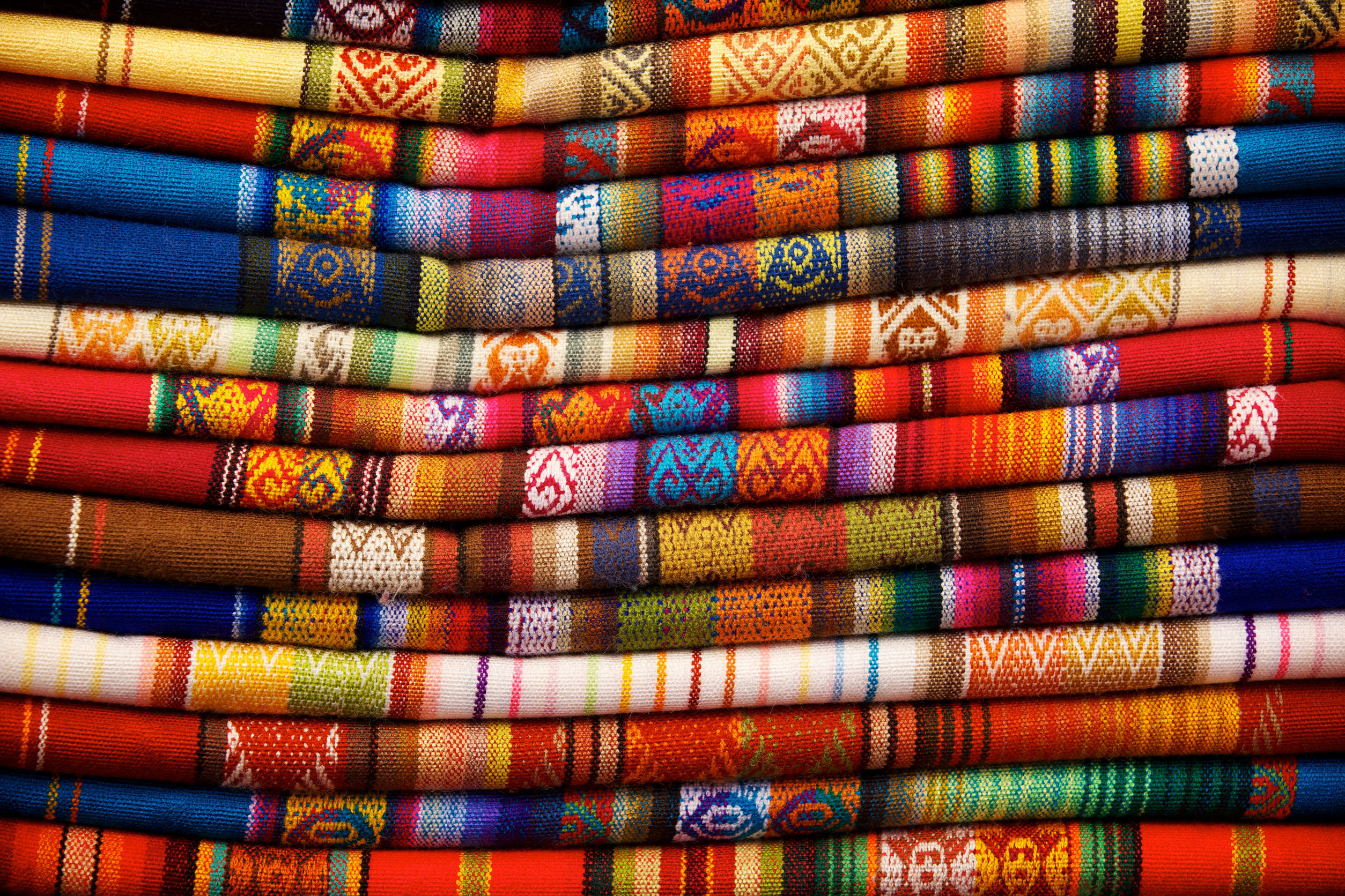 textiles-otavalo-market-ecuador