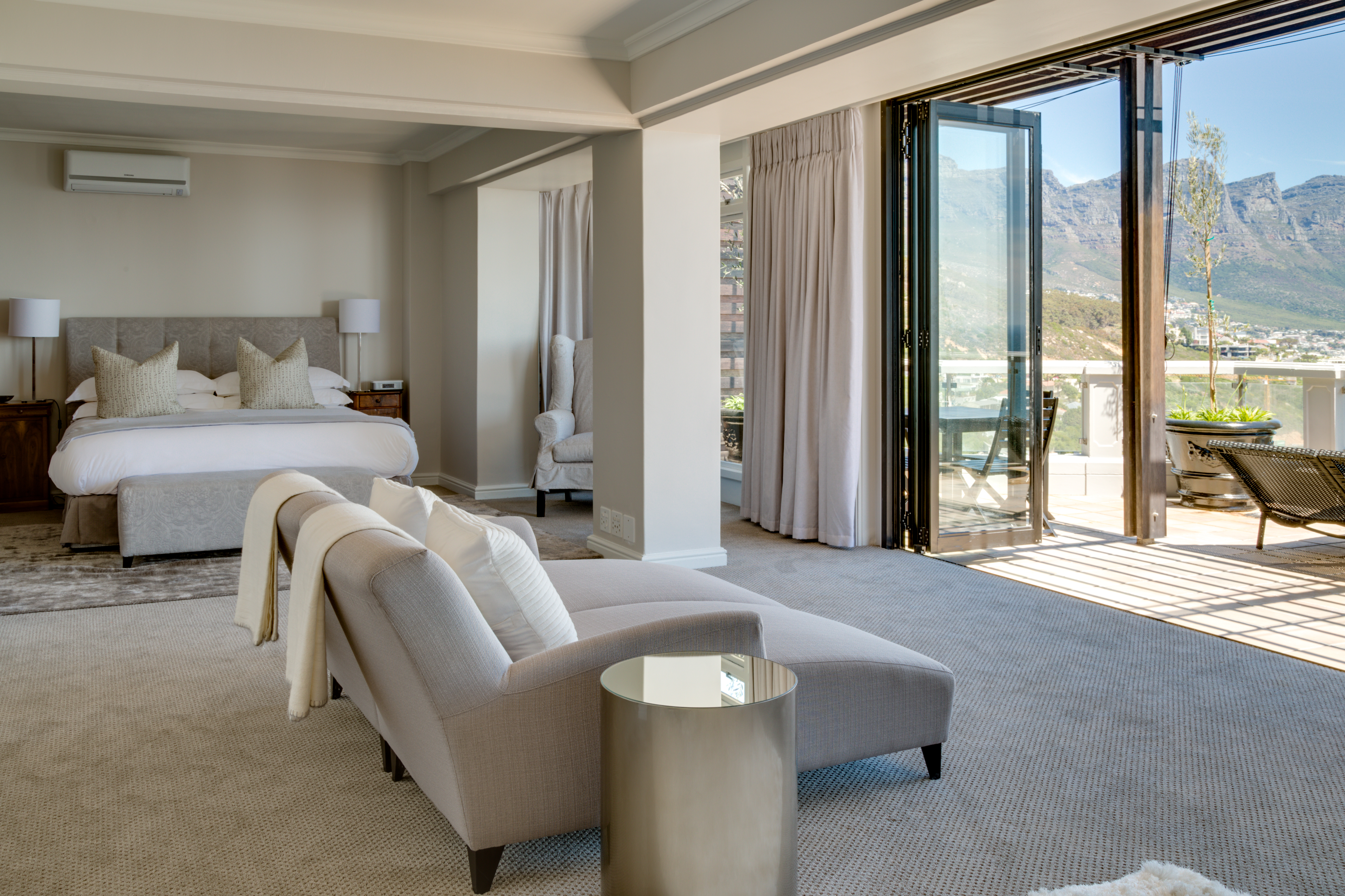 clifton-hotel-suite
