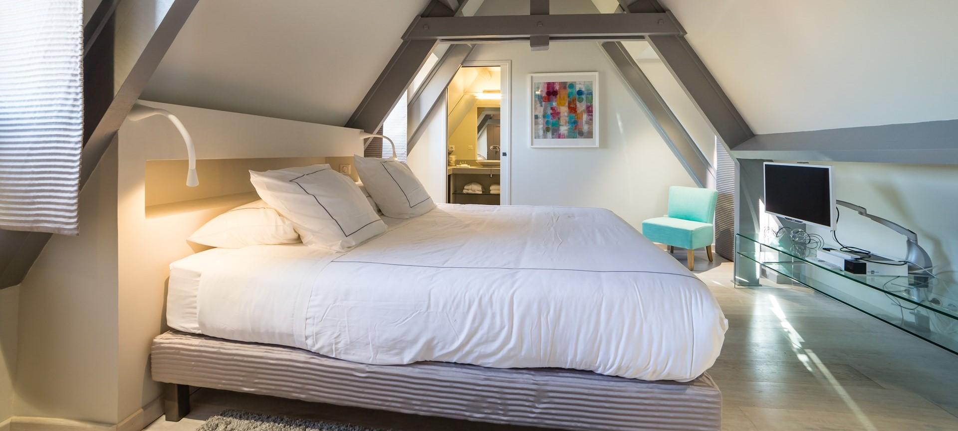 villa-le-village-double-bedroom1