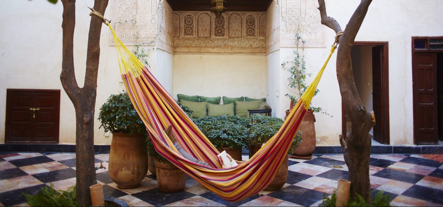 relaxing-in-hammock-marrakech-medina