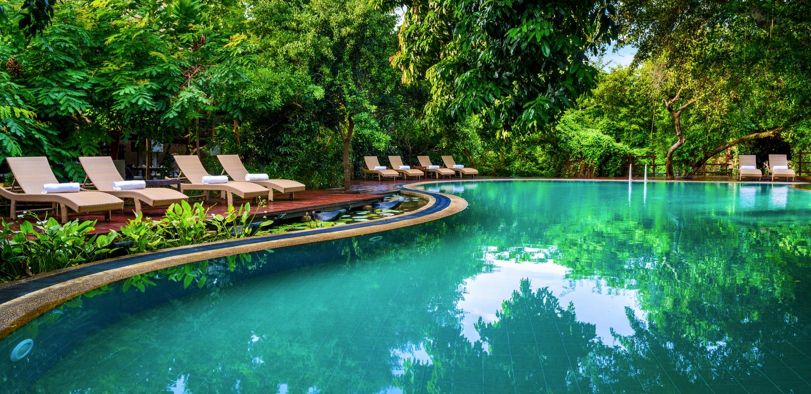jungle-beach-pool-sri-lanka