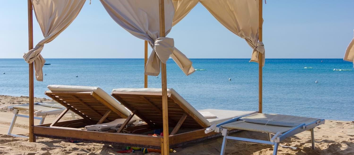 beach-club-cabana-puglia