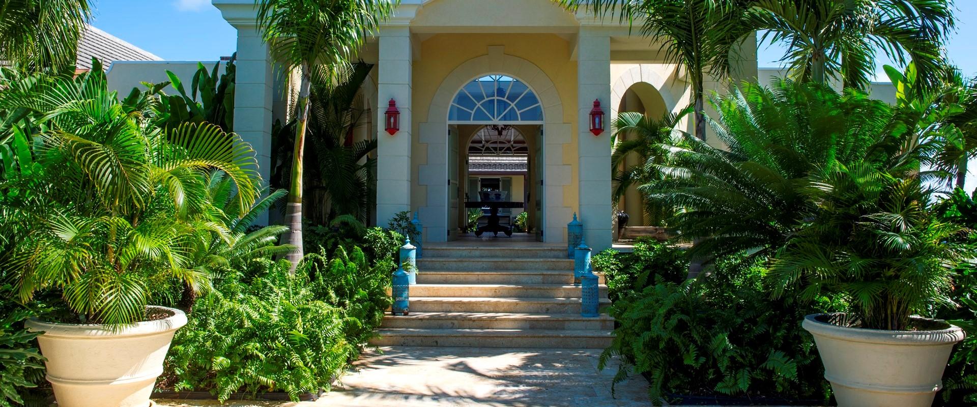 ocean-breeze-villa-mustique-entrance