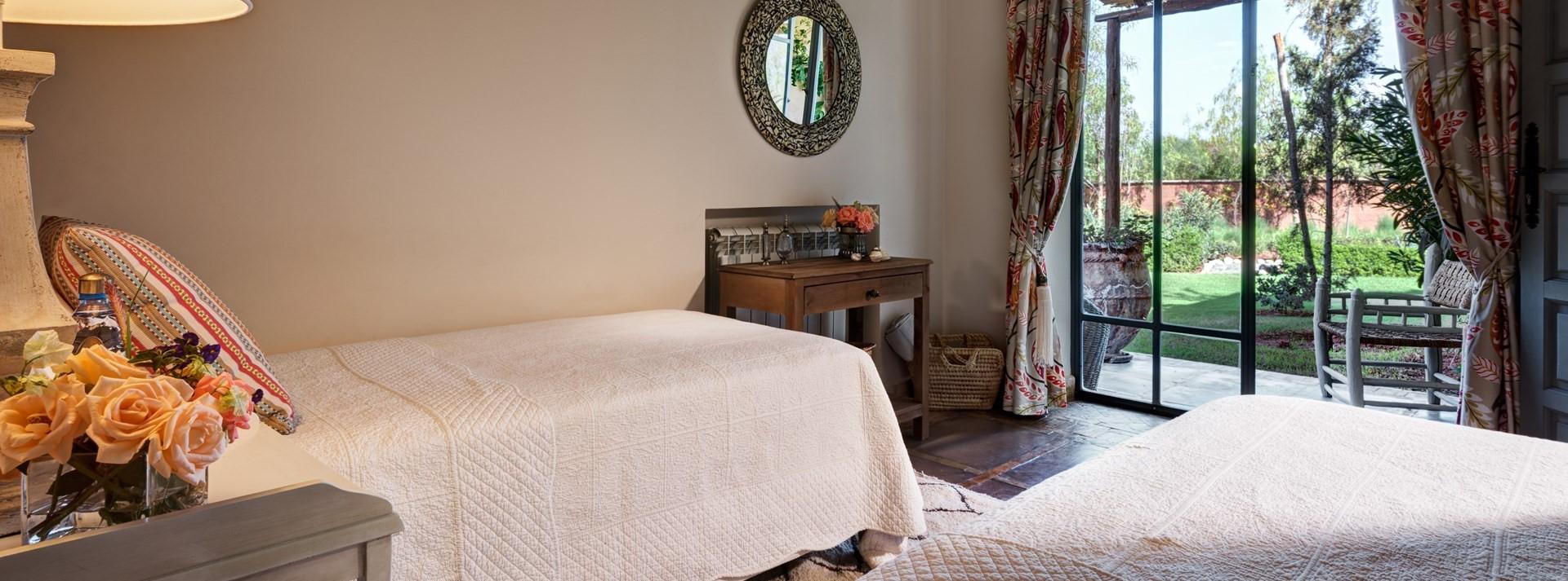dar-yasmina-twin-bedroom-2