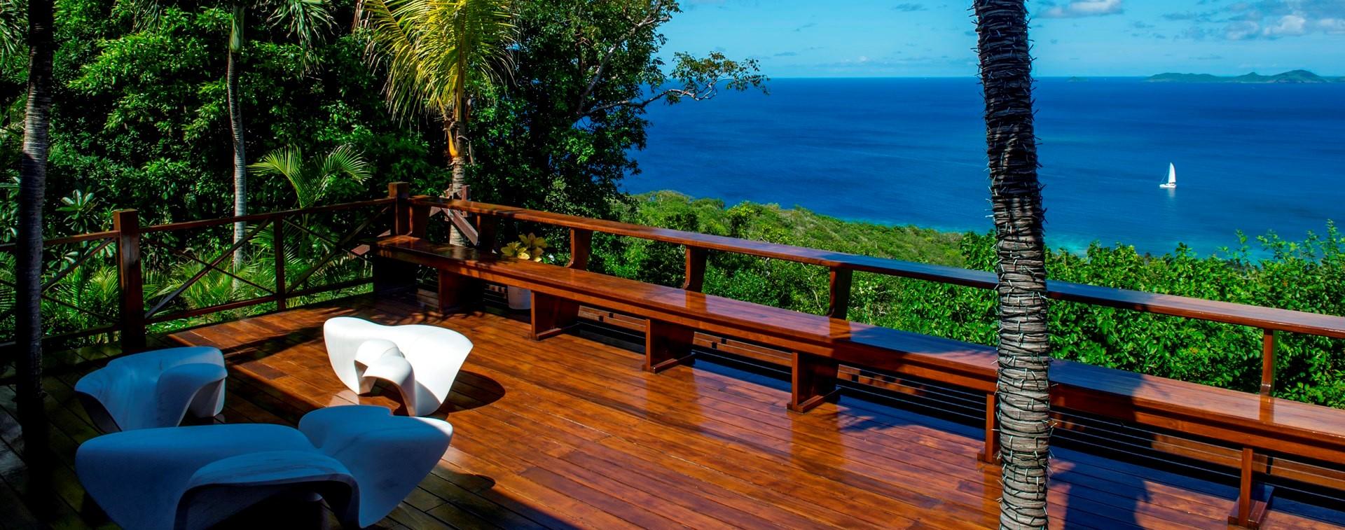 ocean-breeze-villa-mustique-seaview-deck