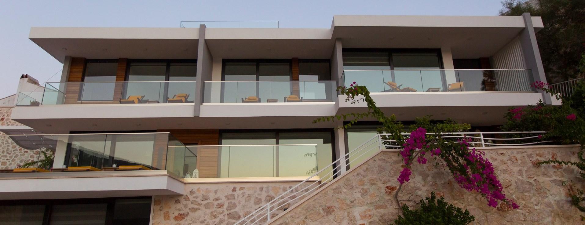 villa-kalamar-exterior-view