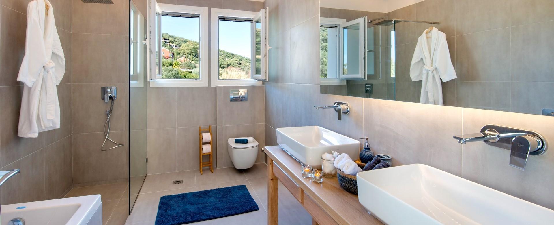 nero-beach-house-luxury-en-suite-shower.