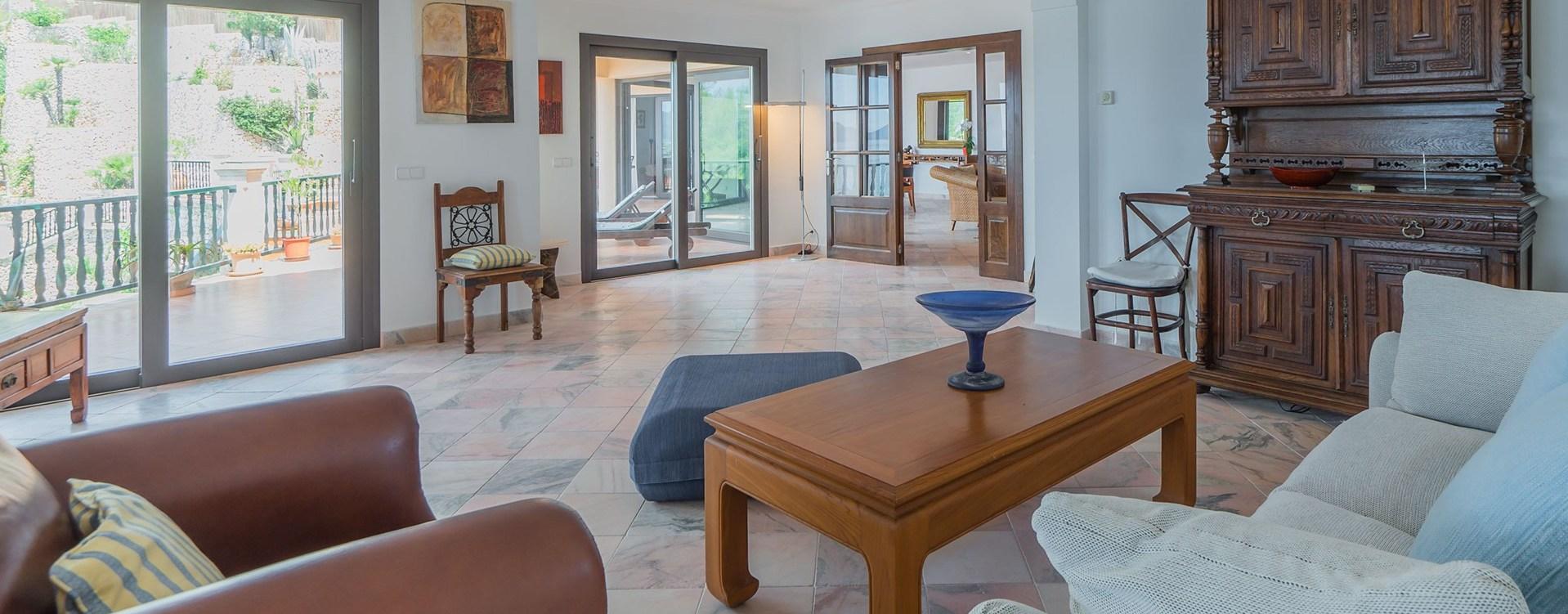 villa-el-mirador-open-plan-lounge