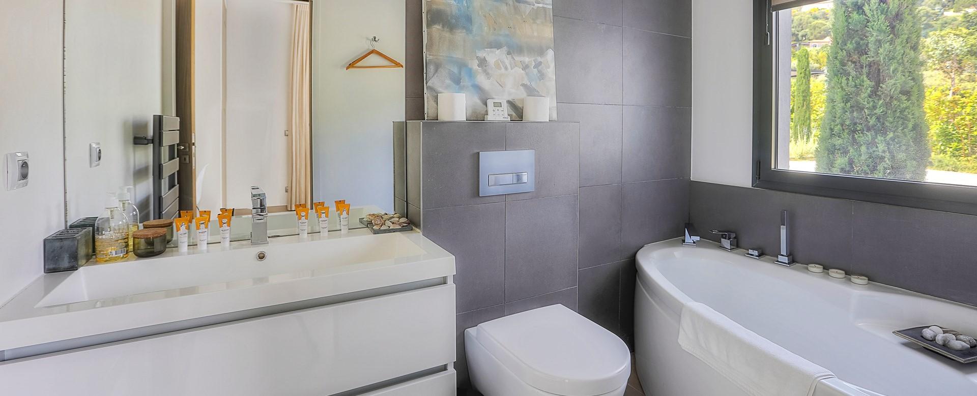 villa-grimaud-luxury-ensuites