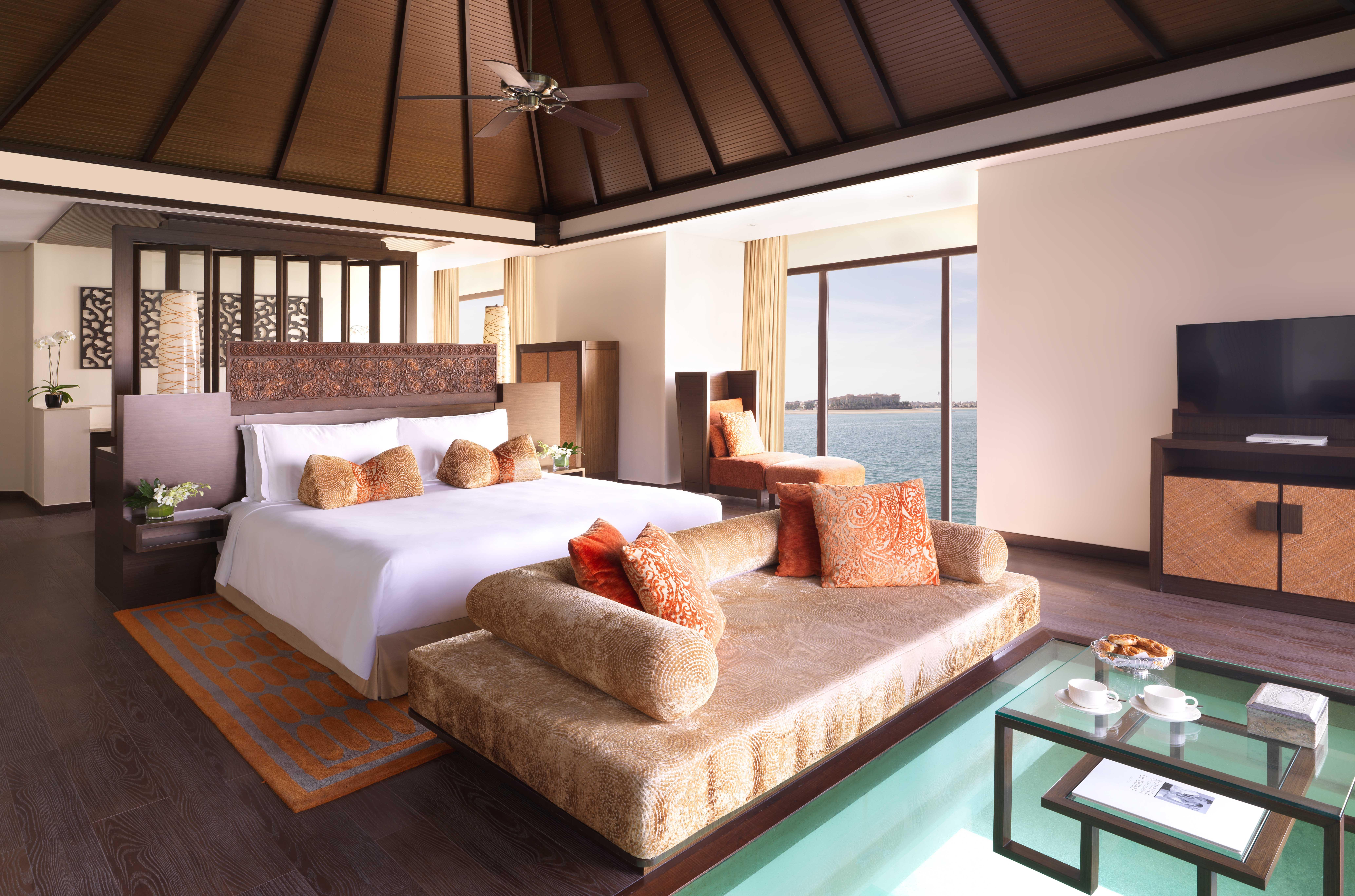 One_Bedroom_Over_Water_Villa_Bedroom