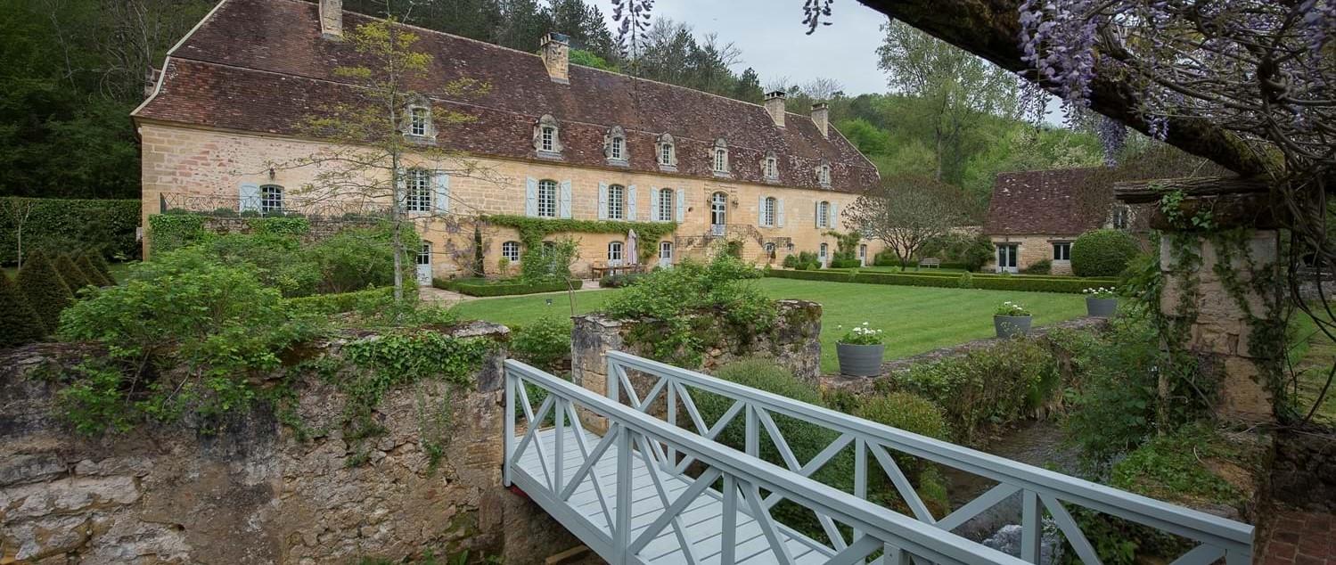 luxury-10-bedroom-villa-france