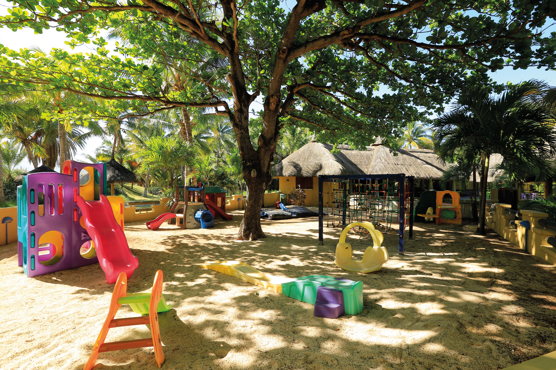 luxury-family-holiday-mauritius