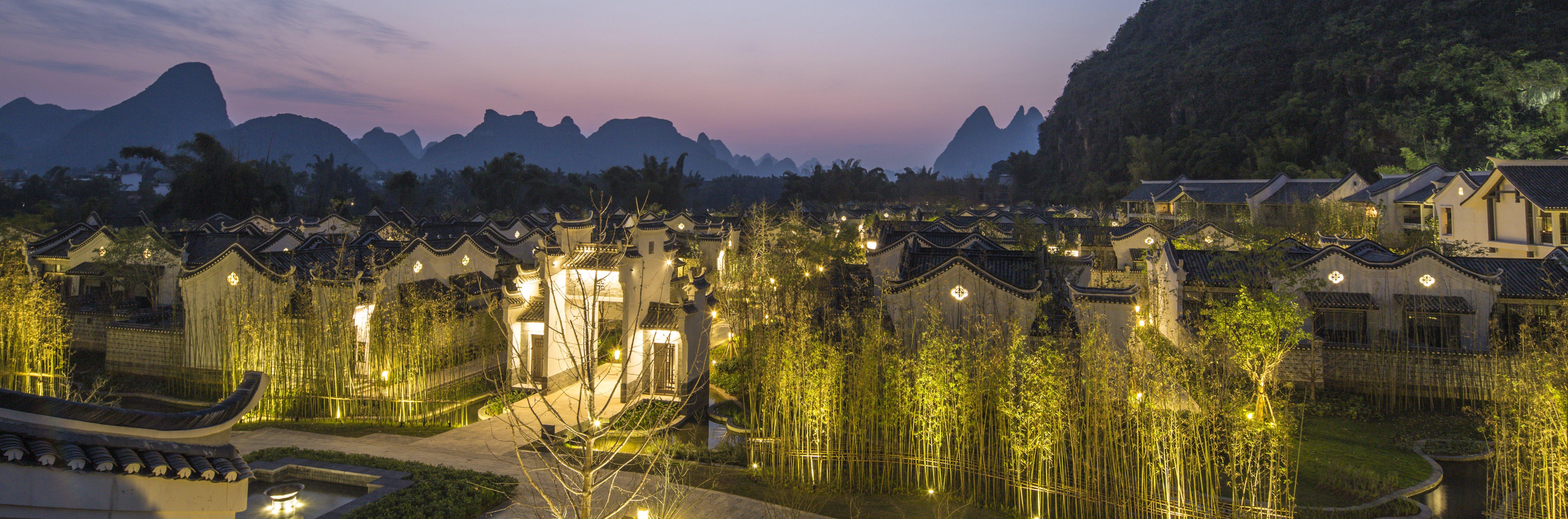 banyan-tree-yangshuo-china