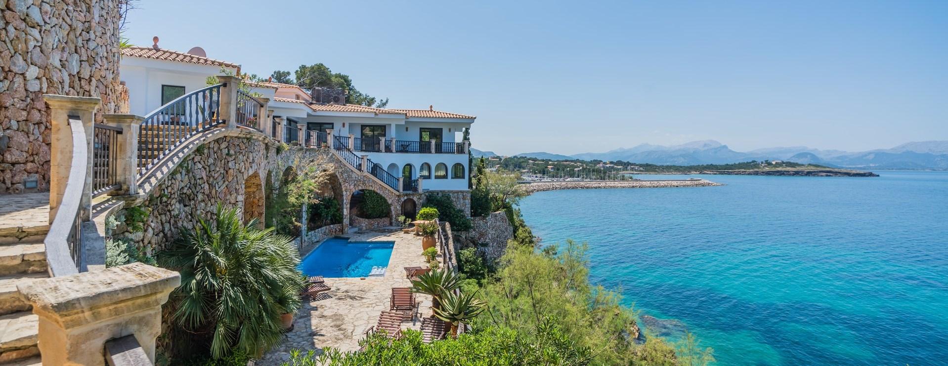 luxury-4-bedroom-villa-mallorca