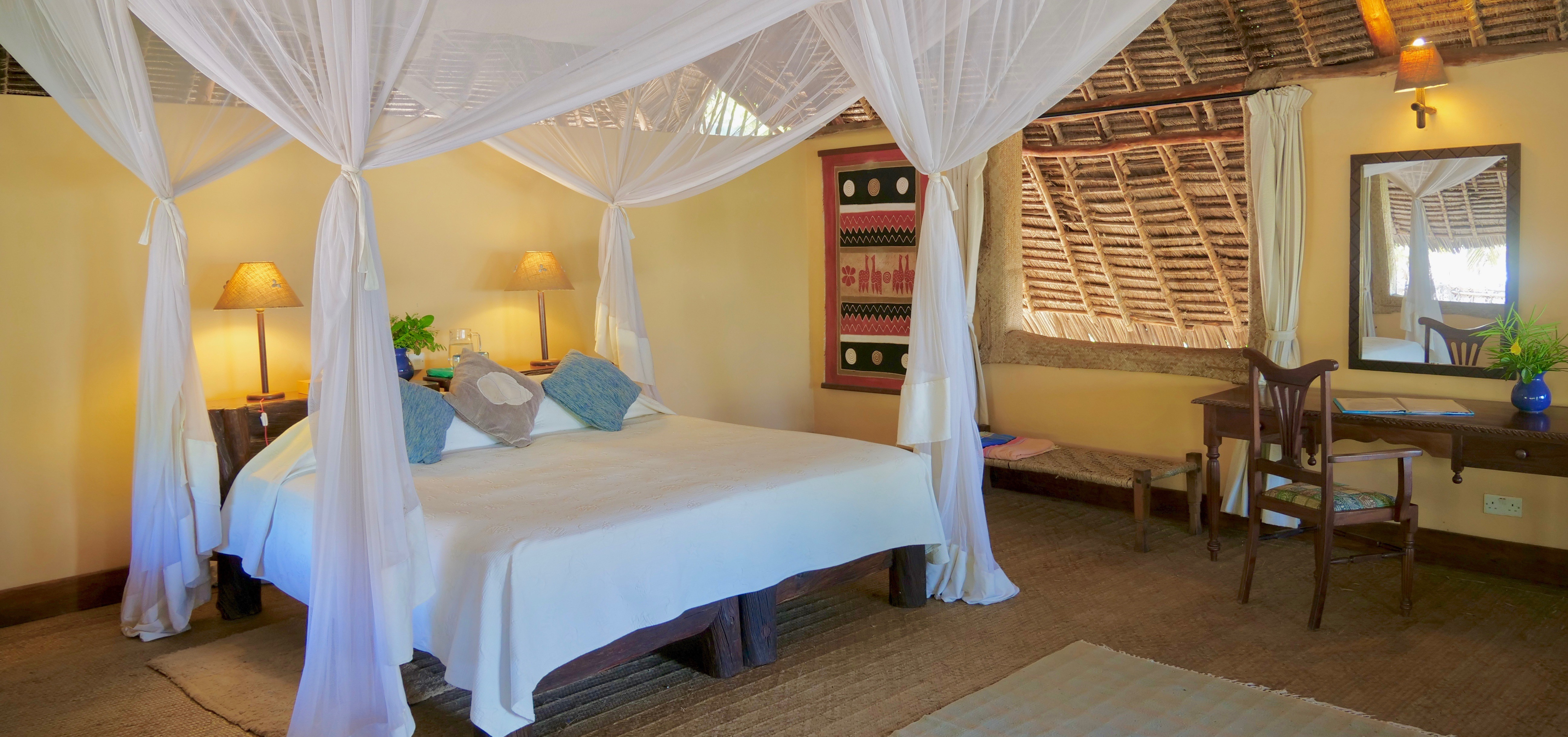 manda-bay-beachfront-bedroom