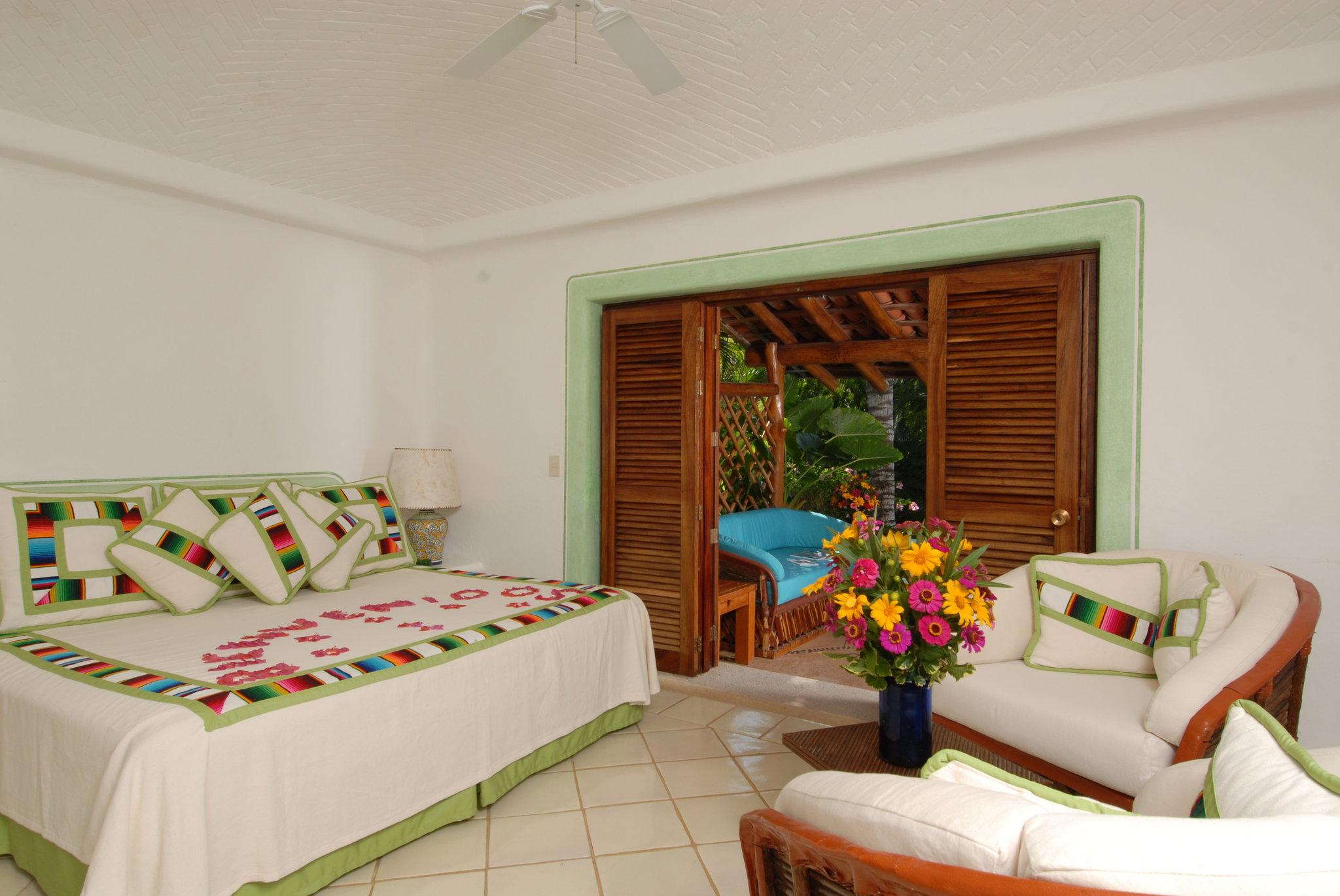 luxury-romantic-hotel-pacific-mexico