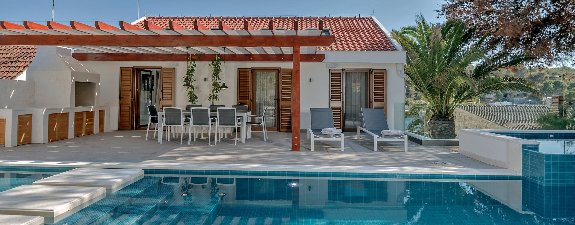 5-bed-family-holiday-villa-brac