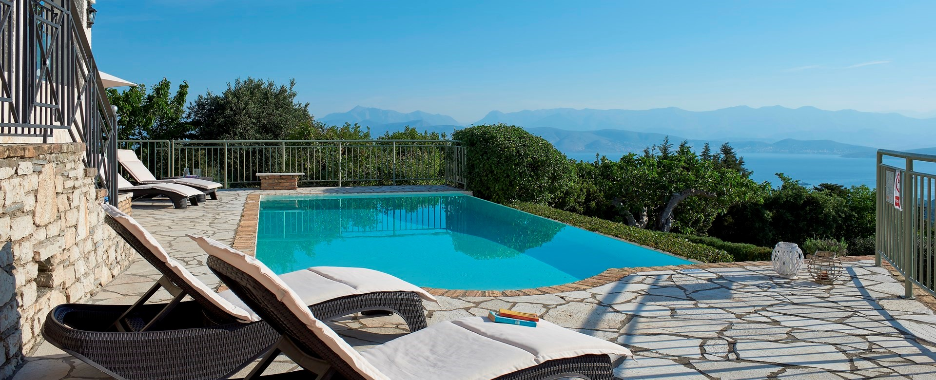luxury-romantic-pool-villa-corfu
