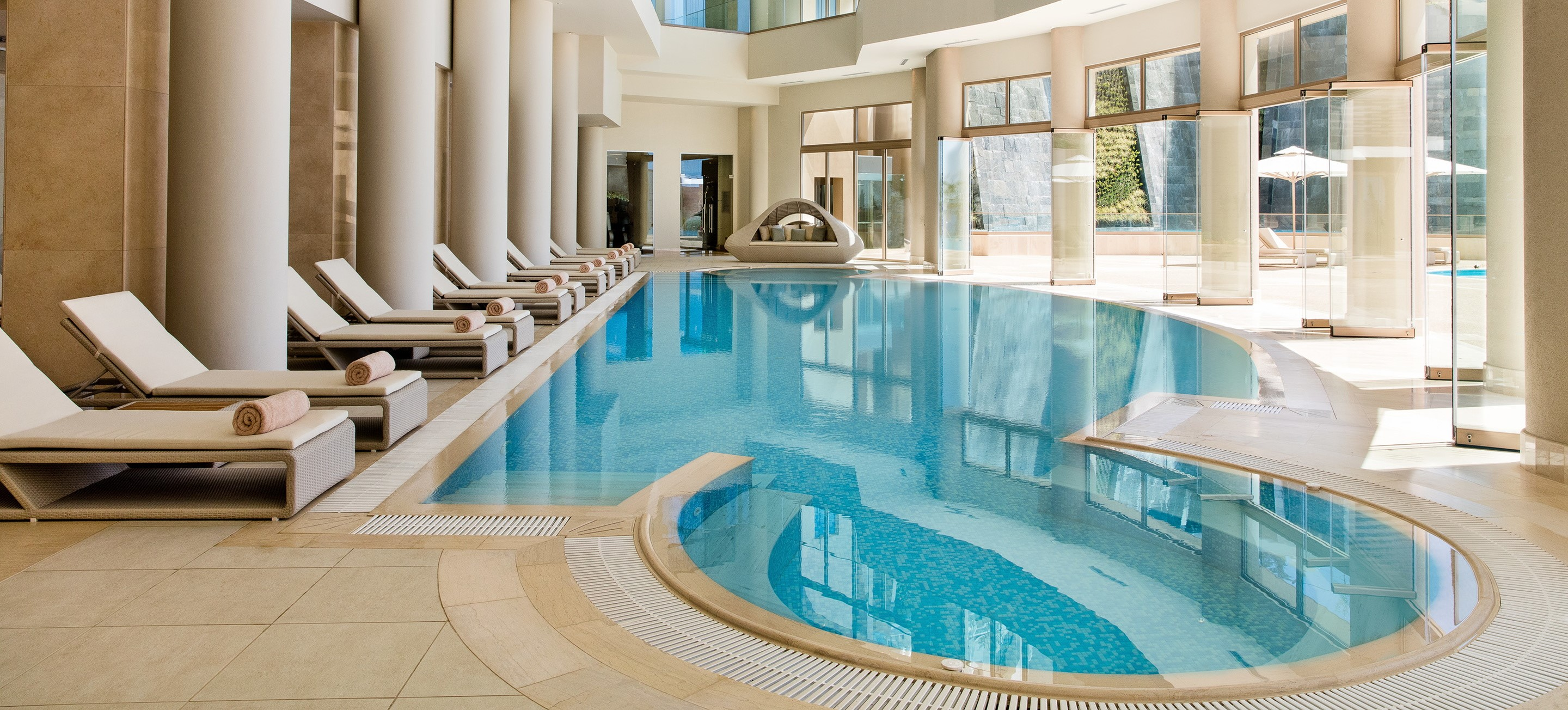 ikos-oceania-indoor-spa-pool