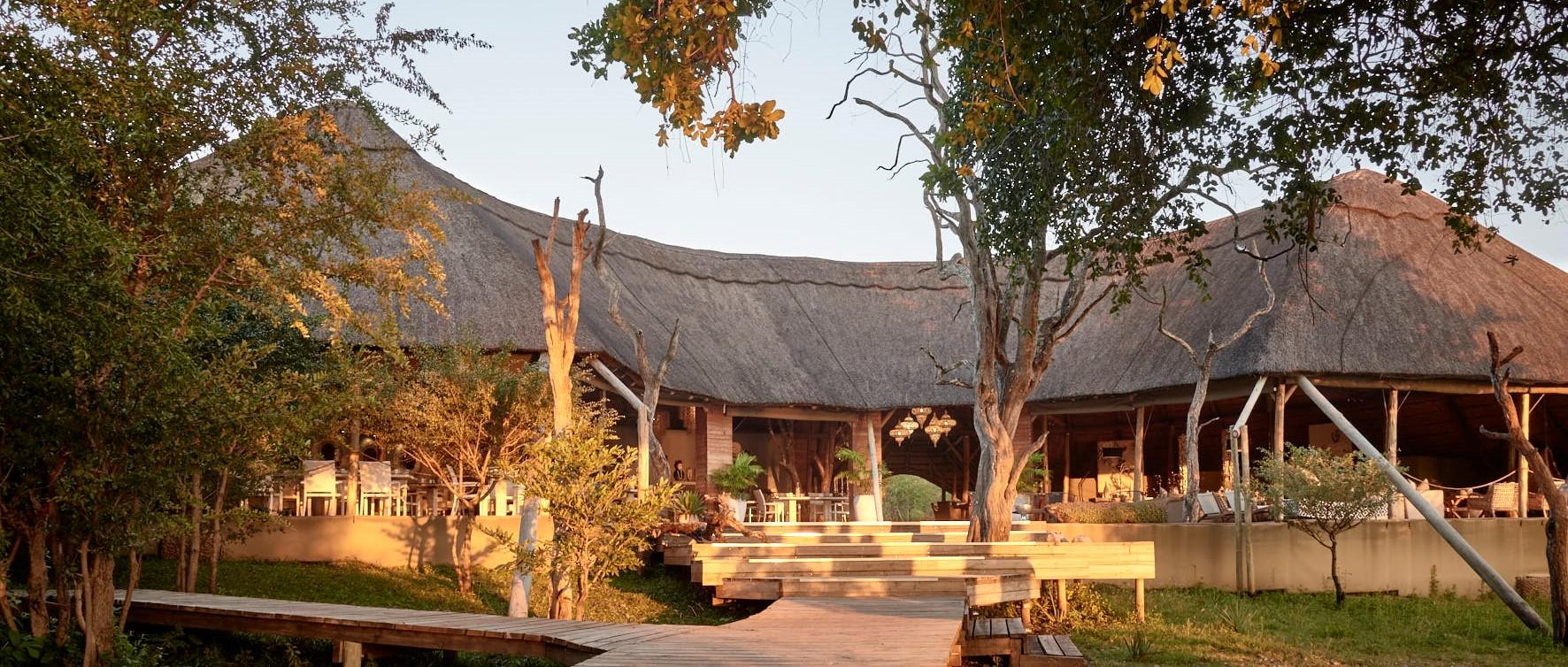 victoria-falls-river-lodge-main-building