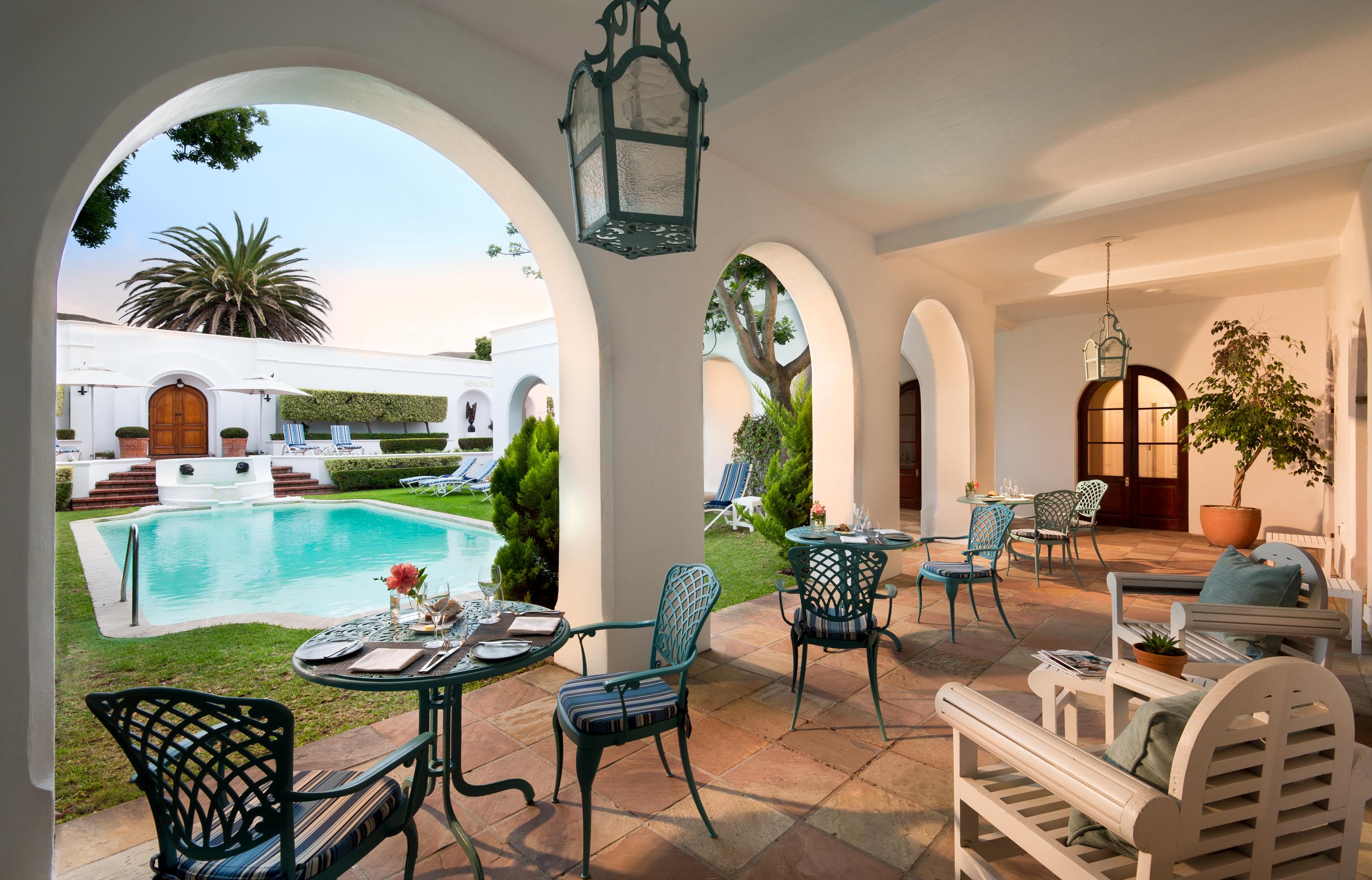 marine-hotel-hermanus-pool