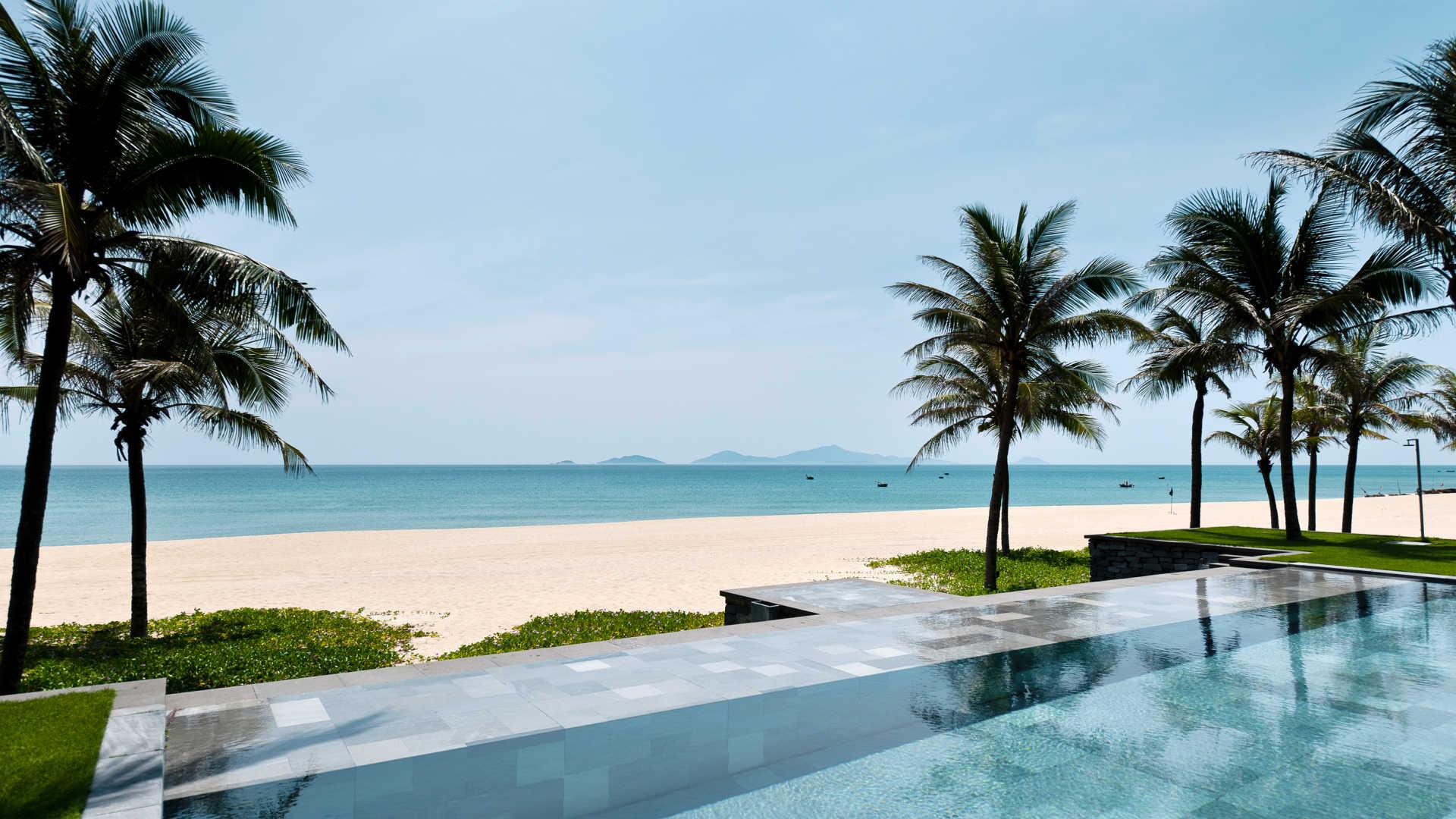 luxury-boutique-beach-hotel-hoi-an