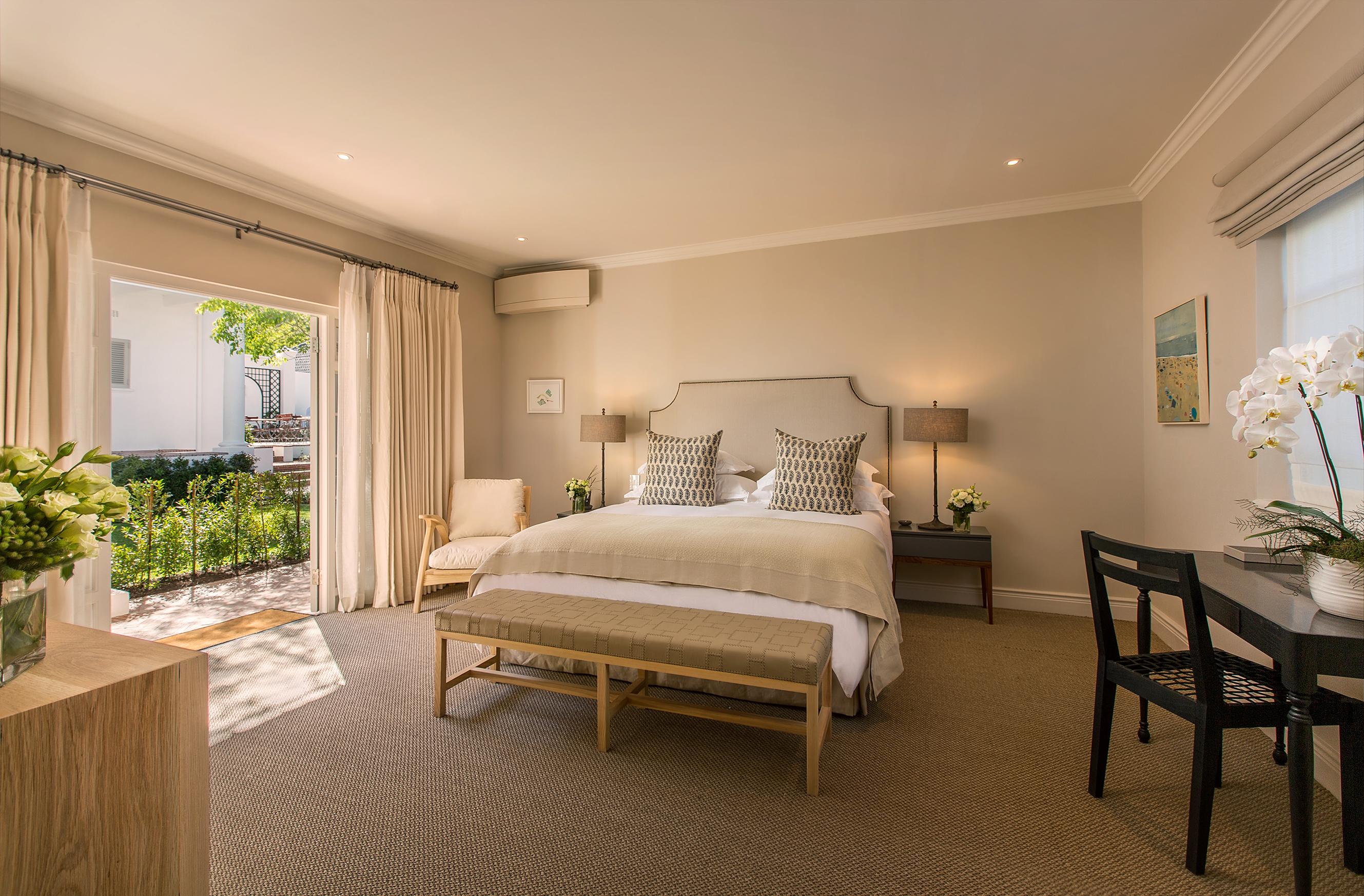 Classic-Room-Leeu-House