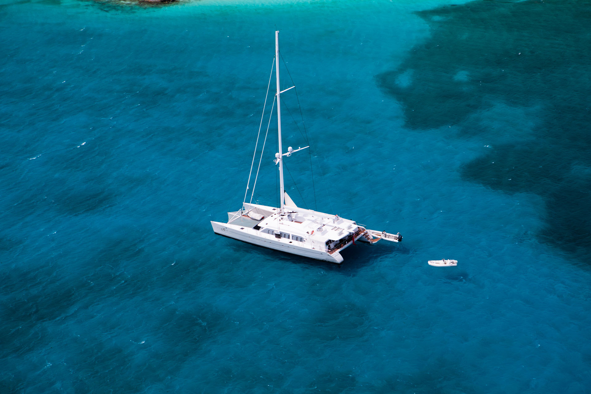 luxury-sailing-holidays-caribbean