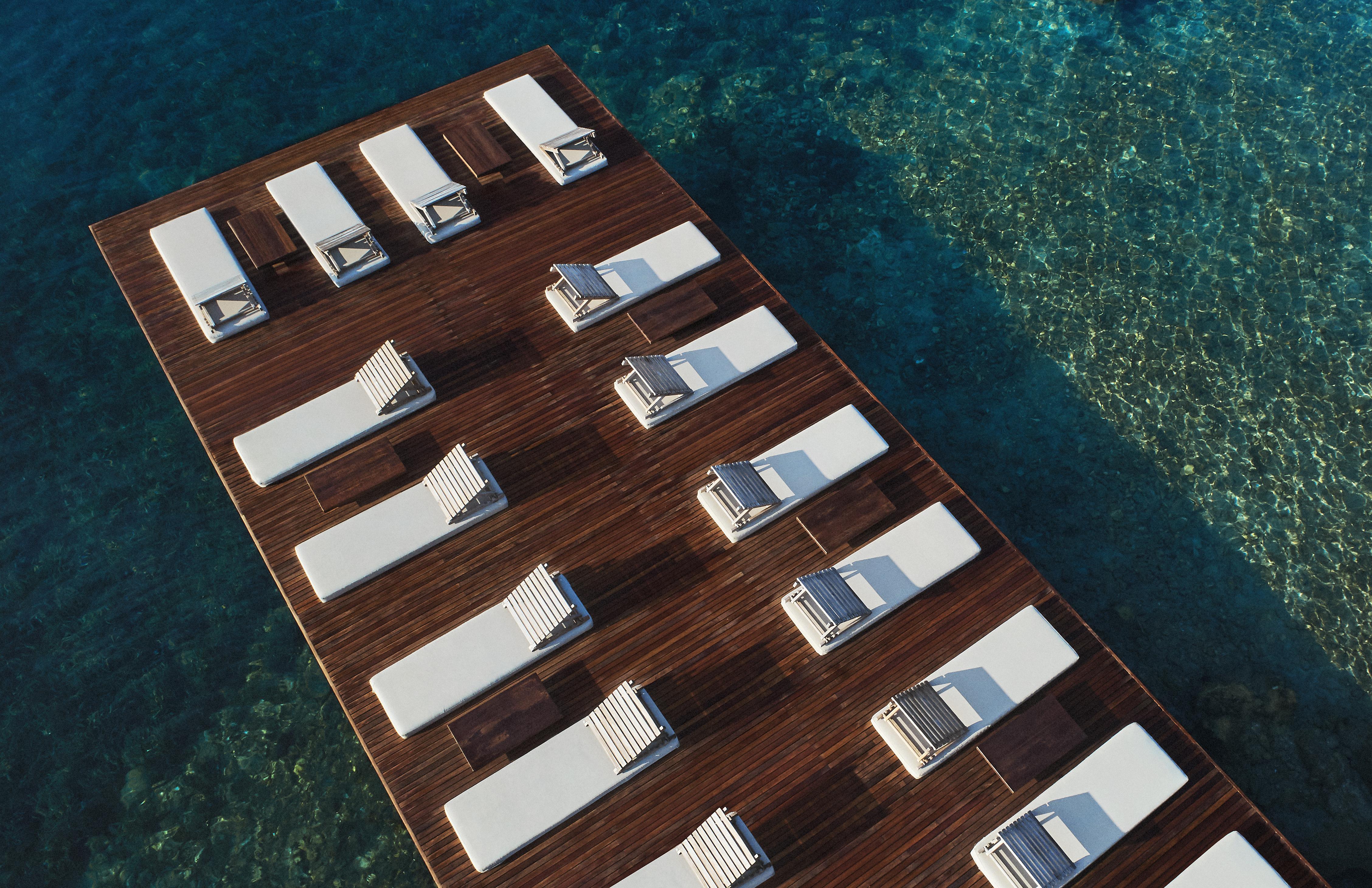 beach-deck-sunloungers-bodrum